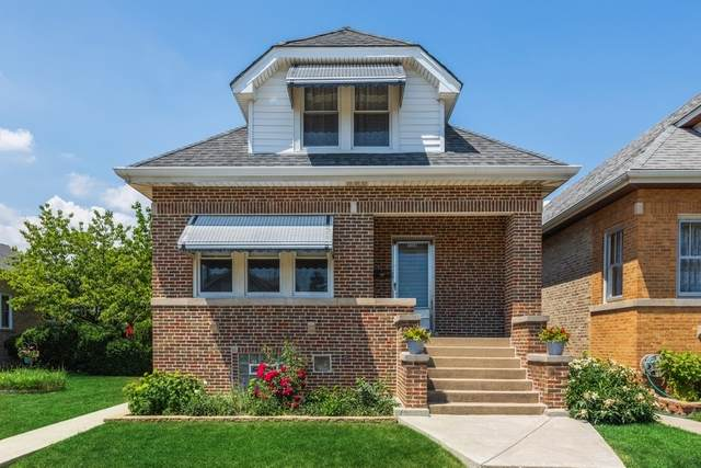 4560 N Mcvicker Avenue, Chicago, IL 60630 (MLS #11119035) :: BN Homes Group
