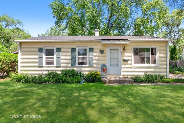 410 Saint Marys Parkway, Buffalo Grove, IL 60089 (MLS #11119207) :: O'Neil Property Group