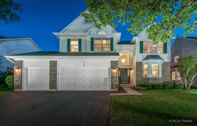1565 Autumncrest Drive, Crystal Lake, IL 60014 (MLS #11119415) :: Suburban Life Realty