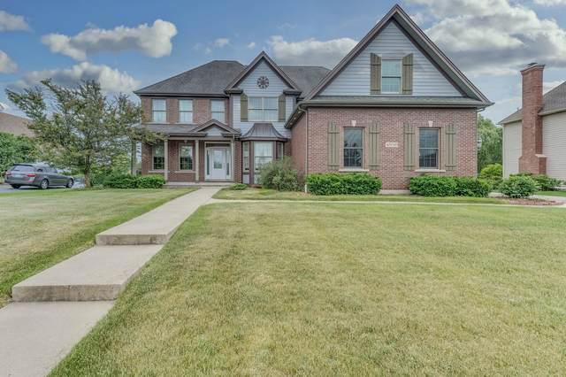 40W549 Fox Creek Drive, St. Charles, IL 60175 (MLS #11119457) :: BN Homes Group
