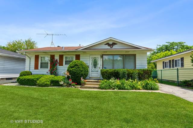 3301 Lynwood Avenue, South Chicago Heights, IL 60411 (MLS #11119520) :: Suburban Life Realty