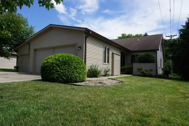 1307 Lancaster Drive, Champaign, IL 61821 (MLS #11119713) :: Littlefield Group