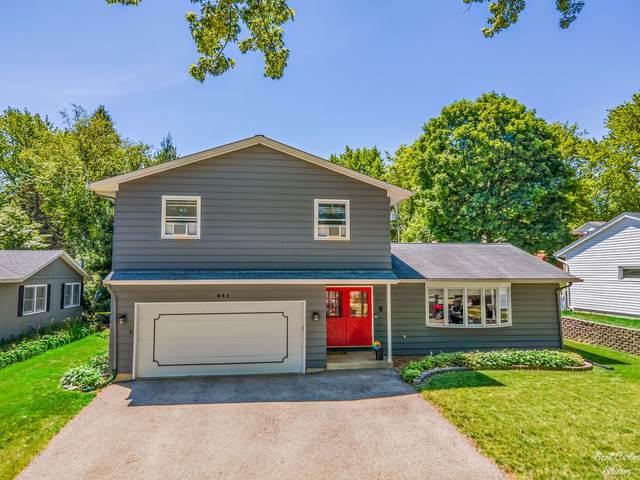 641 Krenz Avenue, Cary, IL 60013 (MLS #11120041) :: Jacqui Miller Homes