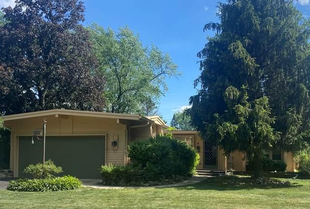 433 E Drury Lane, Barrington, IL 60010 (MLS #11120134) :: Ryan Dallas Real Estate