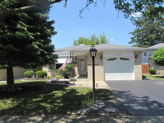 5440 138TH Place, Crestwood, IL 60418 (MLS #11120228) :: O'Neil Property Group