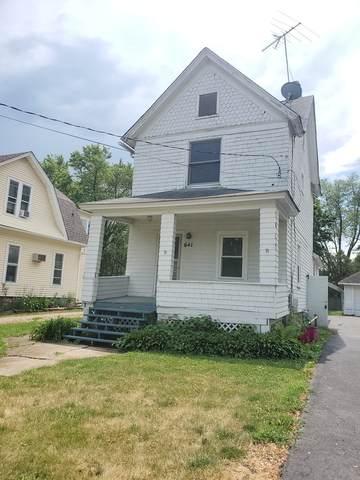641 Washington Street, Woodstock, IL 60098 (MLS #11120361) :: BN Homes Group