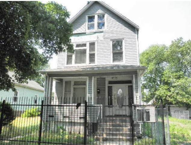 8324 S Colfax Avenue, Chicago, IL 60617 (MLS #11120718) :: BN Homes Group