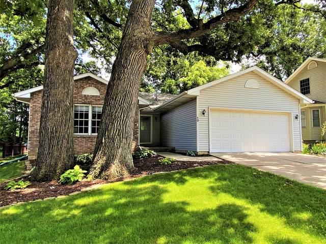 10 Edgewood Court, Bloomington, IL 61701 (MLS #11121173) :: Jacqui Miller Homes