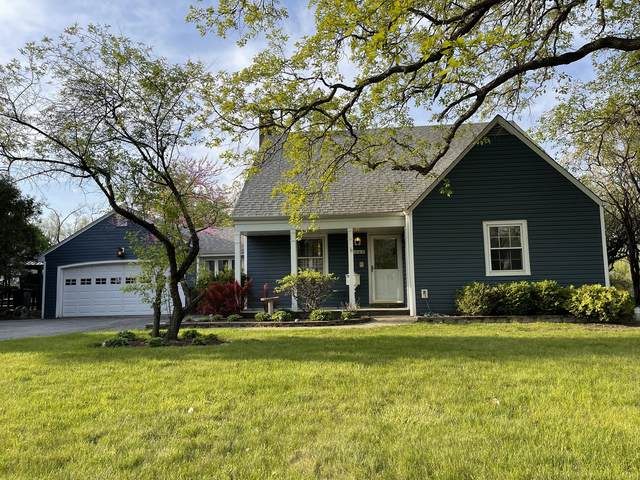 1360 Woodland Drive, Deerfield, IL 60015 (MLS #11121348) :: O'Neil Property Group