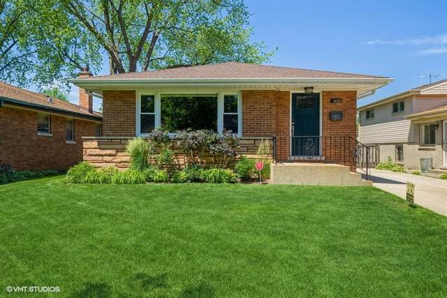 4020 Dobson Street, Skokie, IL 60076 (MLS #11121528) :: Suburban Life Realty