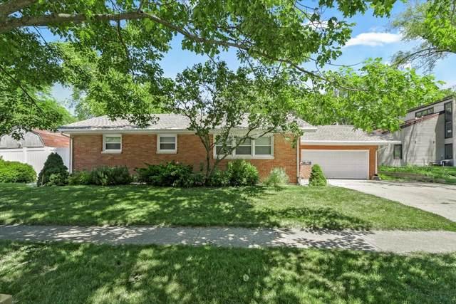 902 E Colorado Avenue, Urbana, IL 61801 (MLS #11121760) :: Littlefield Group