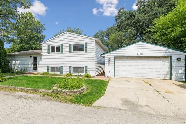 26235 N Acorn Lane, Mundelein, IL 60060 (MLS #11122030) :: Jacqui Miller Homes