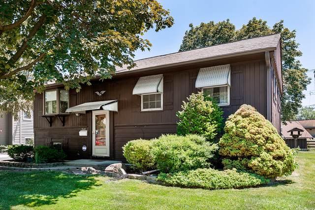 7641 Deerfield Avenue, Woodridge, IL 60517 (MLS #11122460) :: Lewke Partners