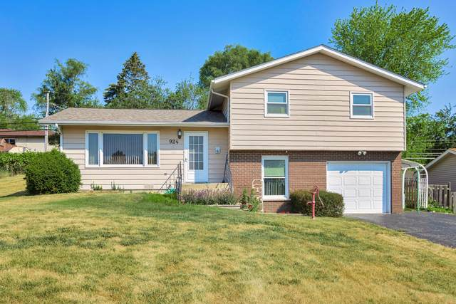 924 Meadowlark Drive, Johnsburg, IL 60051 (MLS #11122508) :: Touchstone Group