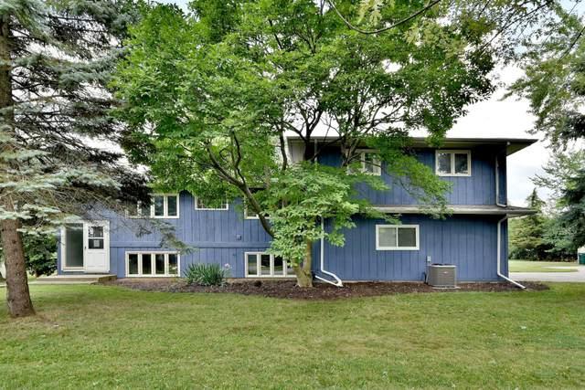 7724 Lester Lane, Darien, IL 60561 (MLS #11122585) :: Carolyn and Hillary Homes