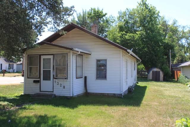 1328 Mary Avenue, Rock Falls, IL 61071 (MLS #11122695) :: Touchstone Group