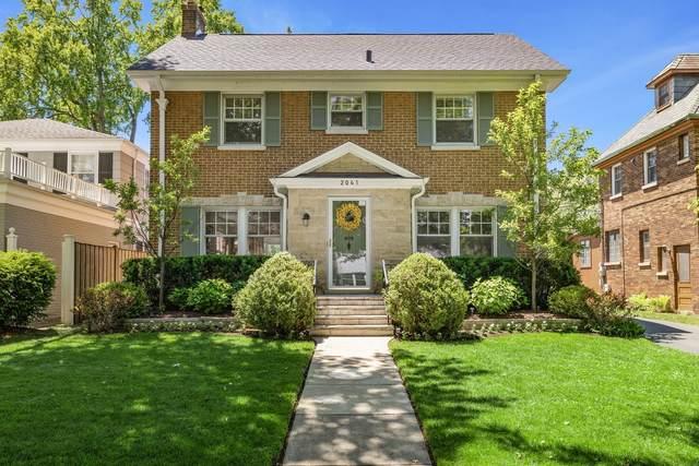 2041 Thornwood Avenue, Wilmette, IL 60091 (MLS #11122752) :: Suburban Life Realty
