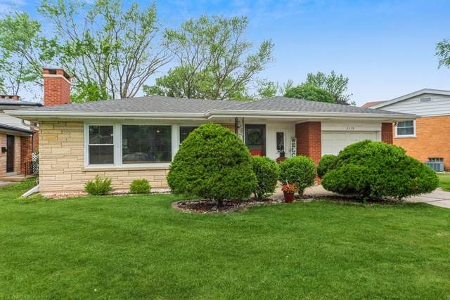 2118 Westchester Boulevard, Westchester, IL 60154 (MLS #11122765) :: BN Homes Group