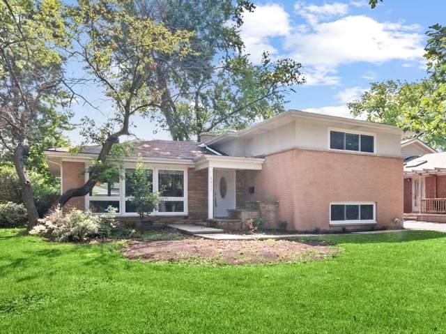 9017 Pottawattami Drive, Skokie, IL 60076 (MLS #11123266) :: John Lyons Real Estate