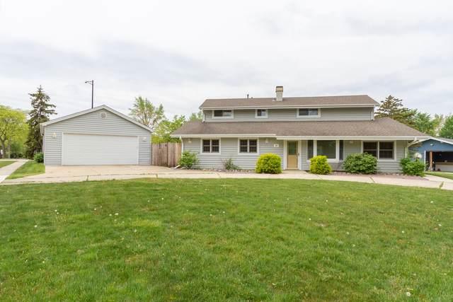 10 Westview Street, Hoffman Estates, IL 60169 (MLS #11123993) :: BN Homes Group