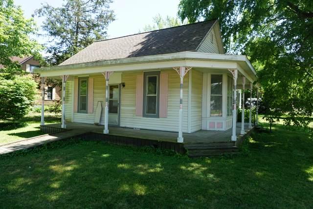 301 E Byron Street, SIDNEY, IL 61877 (MLS #11124034) :: Littlefield Group