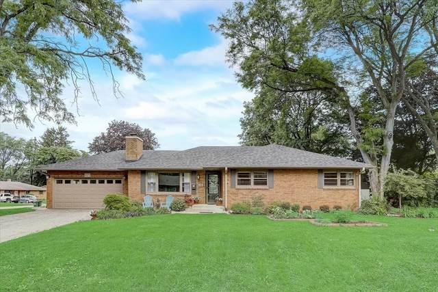 625 Deerpath Road, East Dundee, IL 60118 (MLS #11124140) :: O'Neil Property Group