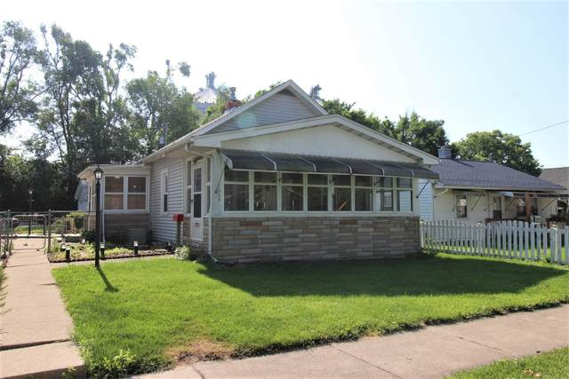 1003 N Morris Avenue, Bloomington, IL 61701 (MLS #11124231) :: Ryan Dallas Real Estate