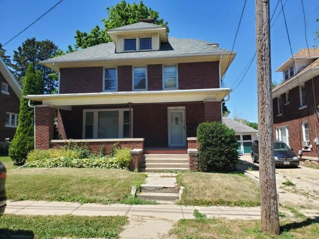 1224 S Maple Avenue, Freeport, IL 61032 (MLS #11124547) :: BN Homes Group