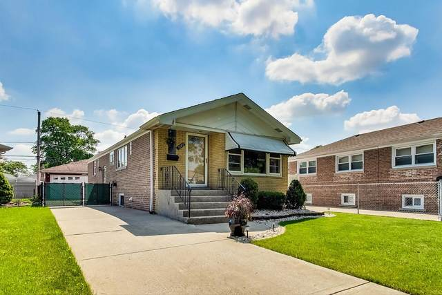 5143 S Nottingham Avenue, Chicago, IL 60638 (MLS #11124951) :: BN Homes Group