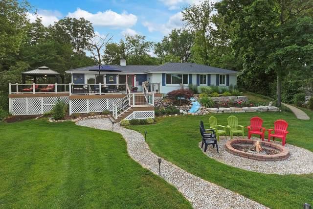 35647 N Cedar Island, Fox Lake, IL 60020 (MLS #11125320) :: BN Homes Group