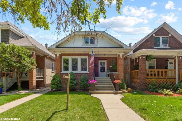 5031 W Oakdale Avenue, Chicago, IL 60641 (MLS #11125664) :: BN Homes Group