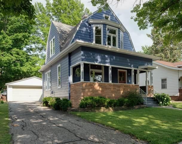 204 Willard Avenue, Bloomington, IL 61701 (MLS #11125821) :: The Wexler Group at Keller Williams Preferred Realty