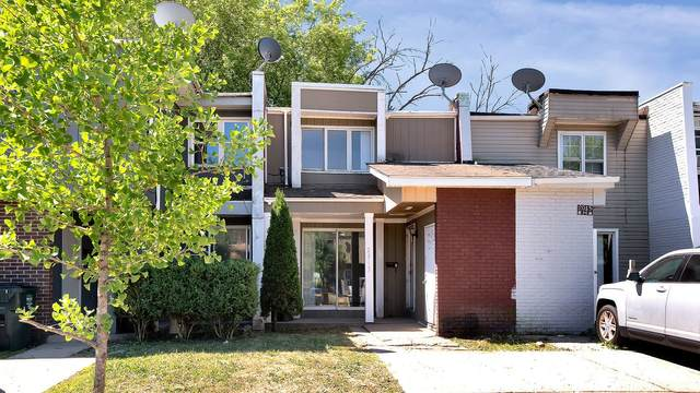 2015 Berkshire Circle G, Carpentersville, IL 60110 (MLS #11126428) :: BN Homes Group