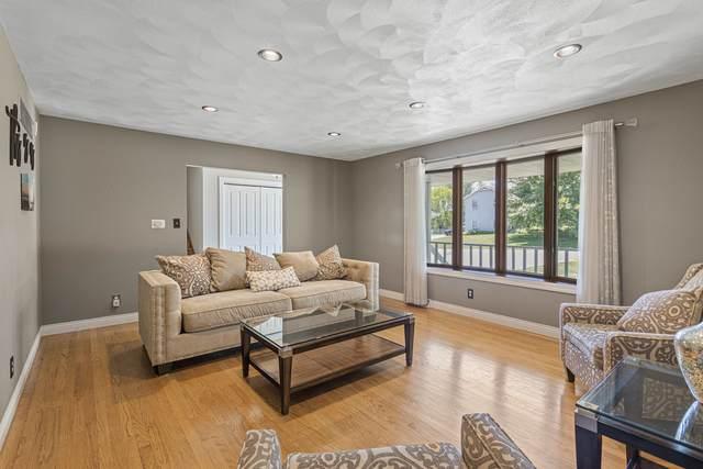 3018 W Greenfield Drive, Freeport, IL 61032 (MLS #11126722) :: BN Homes Group