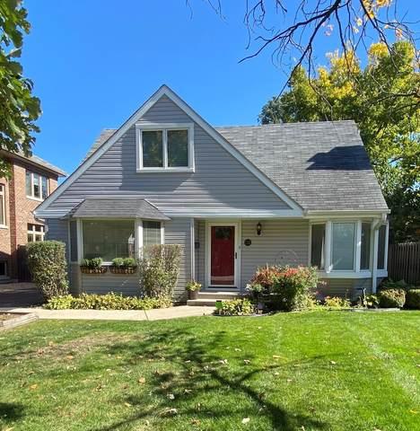 135 Montgomery Lane, Glenview, IL 60025 (MLS #11127167) :: O'Neil Property Group