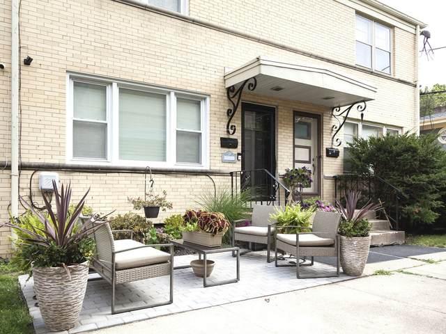 7907 W North Avenue E, River Forest, IL 60305 (MLS #11127631) :: John Lyons Real Estate