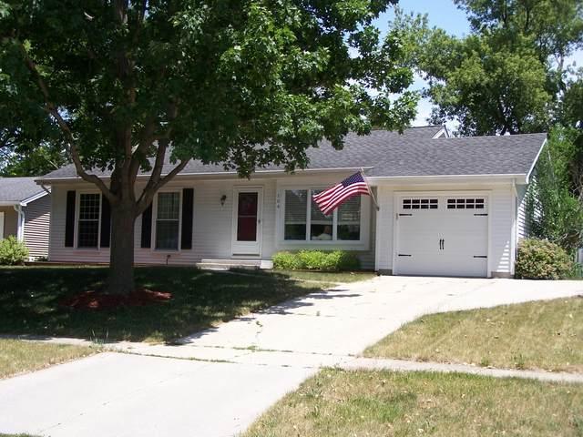 104 N Huntington Drive, Mchenry, IL 60050 (MLS #11127677) :: O'Neil Property Group