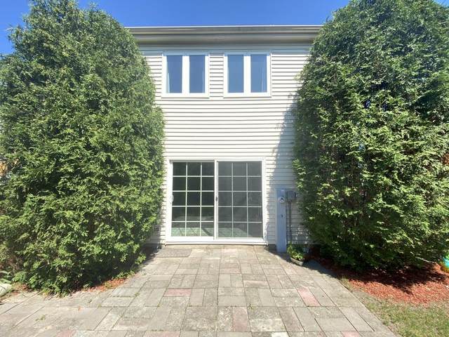 7 Buckingham Lane, Buffalo Grove, IL 60089 (MLS #11127798) :: Lewke Partners
