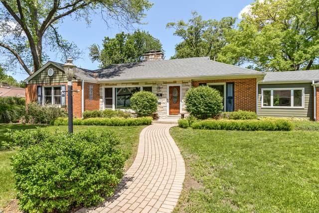 800 W Shabonee Trail, Mount Prospect, IL 60056 (MLS #11128285) :: Angela Walker Homes Real Estate Group