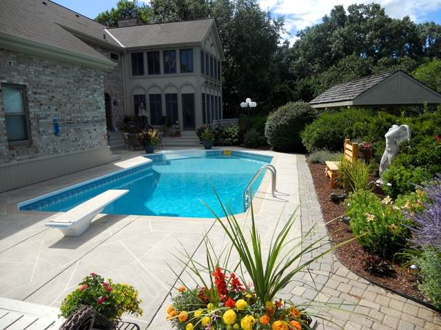 15 Morgan Court, Yorkville, IL 60560 (MLS #11128637) :: Jacqui Miller Homes