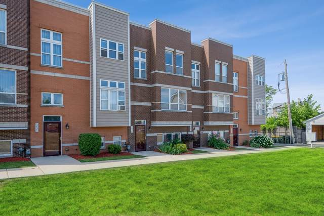 5239 W Galewood Avenue, Chicago, IL 60639 (MLS #11129001) :: Littlefield Group