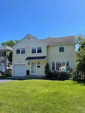 1043 Briarwood Lane, Northbrook, IL 60062 (MLS #11130087) :: Helen Oliveri Real Estate
