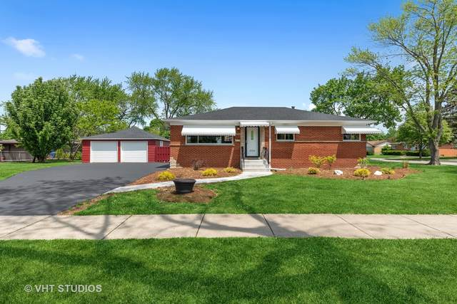 2000 W Lincoln Street, Mount Prospect, IL 60056 (MLS #11130511) :: Angela Walker Homes Real Estate Group