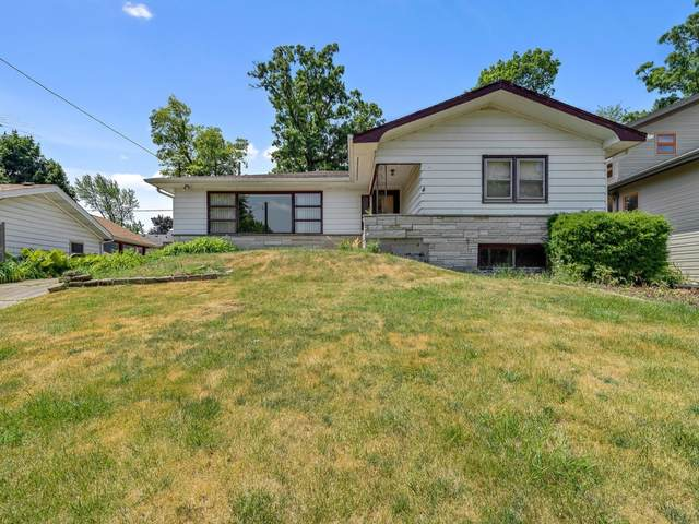 33148 N Cove Road, Grayslake, IL 60030 (MLS #11130730) :: Helen Oliveri Real Estate