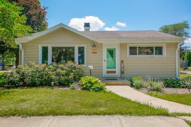 1404 Childs Street, Wheaton, IL 60187 (MLS #11131428) :: RE/MAX IMPACT