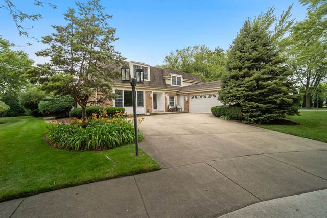 4135 Crestwood Drive, Northbrook, IL 60062 (MLS #11131583) :: O'Neil Property Group