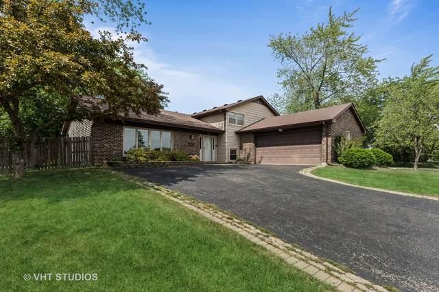 880 Brush Hill Lane, Lake Zurich, IL 60047 (MLS #11132218) :: John Lyons Real Estate