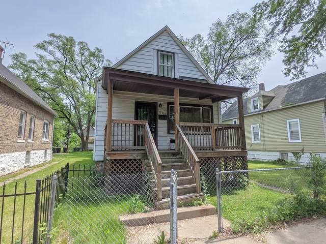 12135 S Lowe Avenue, Chicago, IL 60628 (MLS #11132331) :: John Lyons Real Estate