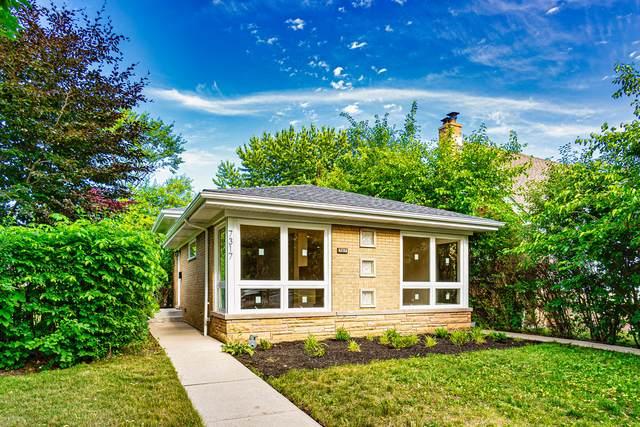 7317 N East Prairie Road, Lincolnwood, IL 60712 (MLS #11132496) :: John Lyons Real Estate