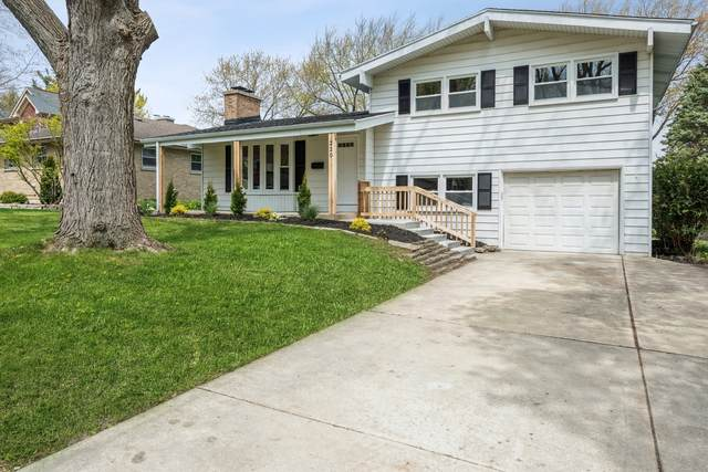 220 Sturtz Street, Barrington, IL 60010 (MLS #11132572) :: John Lyons Real Estate